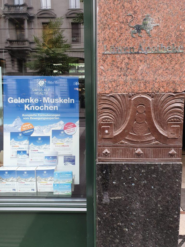 Apotheke Zürich Löwen Window 2020 05 14